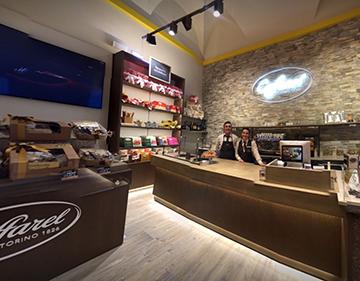 Il Caffarel Store di Torino sceglie E2K Suite